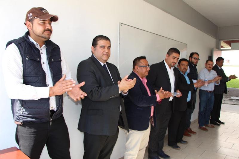 Fuerza laboral ratifica su compromiso con los estudiantes del colegio