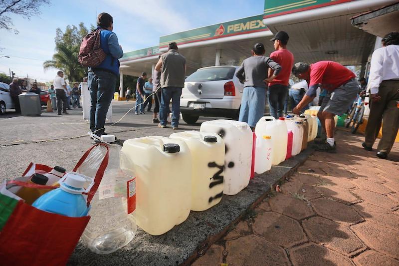 Melgoza Velázquez apuntó que la falta de gasolina generó ausentismo laboral, baja en la productividad, falta de suministros, producto terminado sin entregar, incertidumbre e incumplimiento en fechas de entrega, entre otros probllemas