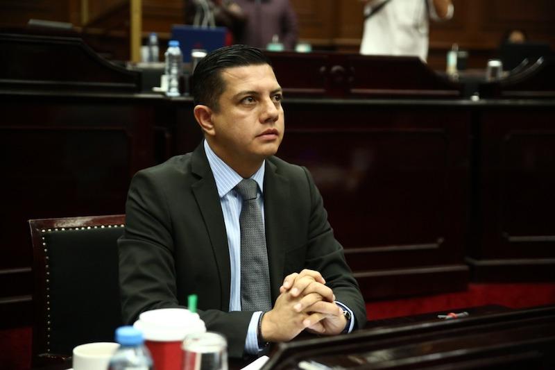 Se debe encontrar una solución de inmediato a esta situación que afecta a los michoacanos: Óscar Escobar Ledesma