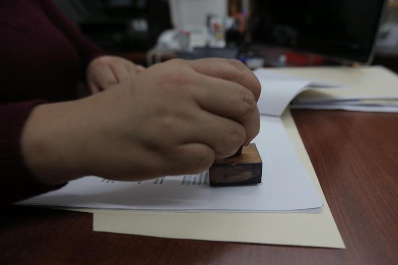 Del listado de interesados, el Congreso definirá a los 10 perfiles con mayores conocimientos en materia de procuración de justicia, para enviarla al Ejecutivo quien seleccionará una terna que será sometida a la valoración y aprobación del Pleno Legislativo
