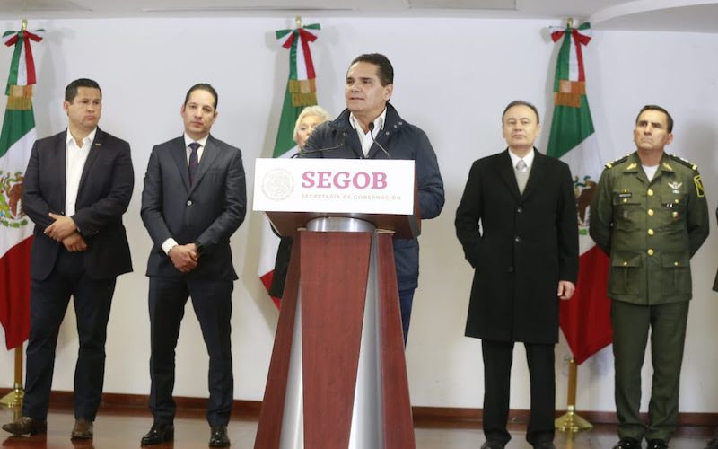 El gobernador de Michoacán se reunió con los titulares de la SEGOB, Olga Sánchez, y Seguridad Pública, Alfonso Durazo, y sus homólogos de Hidalgo, Querétaro, Jalisco, Estado de México y Guanajuato, para buscar solución al desabasto