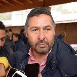 Para Báez Ceja el impuesto podría ser controvertido jurídicamente puesto que es probable que el estado esté invadiendo una de las responsabilidades constitucionales de los ayuntamientos