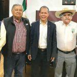 En coordinación con el Comité Estatal de Sanidad Vegetal, se revisaron los avances de las campañas fitosanitarias de los agroproductos michoacanos, informó el secretario Rubén Medina Niño