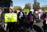 Además, algunos de los participantes en la marcha aseguran que el Ejecutivo estatal no les ha cubierto los pagos de las últimas quincenas
