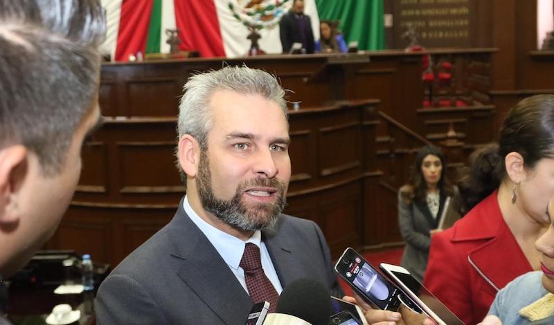 Ramírez Bedolla recordó que desde el inicio de la LXXIV Legislatura los diputados de Morena han propuesto legislar sin derrochar bajo el principio de austeridad