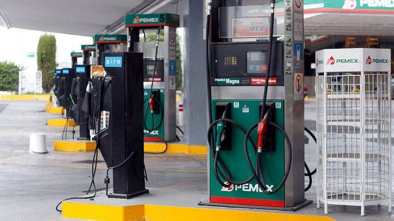 Mientras tanto, en Nuevo León, el gobierno estatal informó que el abasto comienza a regularizarse y reportan que sólo tienen problemas el 5% de las 700 gasolineras que hay en el área metropolitana de Monterrey
