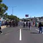 Al respecto, Pablo César Chávez, secretario general del Sindicato de Empleados de la UIIM, explicó que también se exige la renuncia del rector, Adán Ávalos, quien nada ha hecho para tratar de resolver la situación