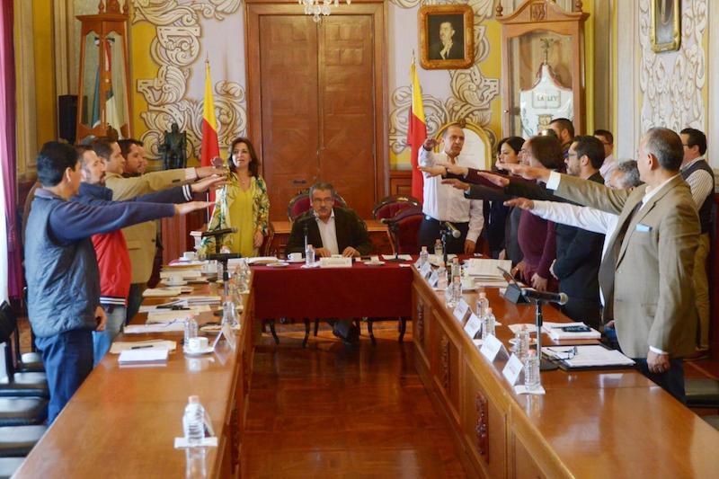 En este sentido se procedió a delegar al síndico Labinia Aranda Ortega para presidir el Comité de Adquisiciones en caso de que no pueda estar el alcalde, Raúl Morón y como secretario técnico, el titular de la Secretaría de Administración, Gabriel Prado Fernández