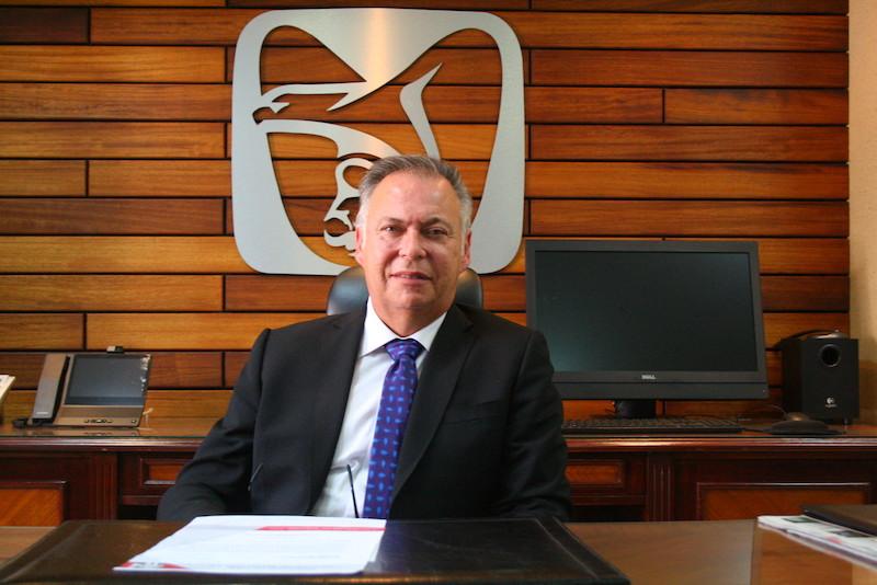 El nuevo delegado regional del Seguro Social en Michoacán es licenciado en Derecho por la Universidad de Guadalajara y ha destacado como consejero del INFONAVIT