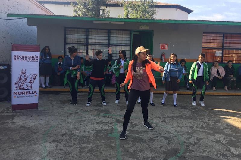 """Participaron 40 jóvenes y 150 más observaron de la dinámica realizada en las instalaciones de su institución"""", comentó Amezcua Luna"""