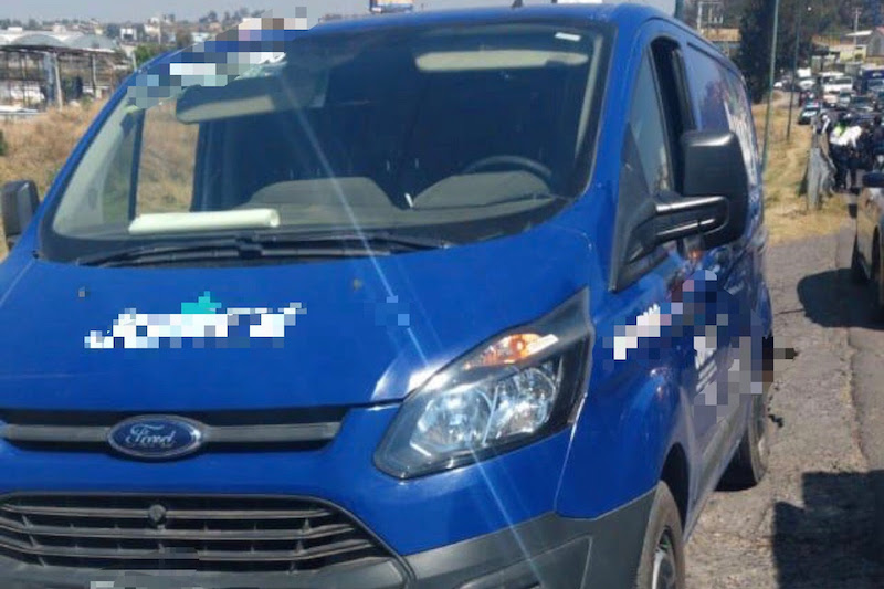 Derivado de labores de video-vigilancia en la Avenida Óscar Chávez, se reportó la privación de la libertad de un masculino por dos personas, quienes lo subieron a una camioneta marca Ford, de la empresa privada donde el agredido trabaja, por lo que se implementó un operativo de búsqueda y localización en la zona