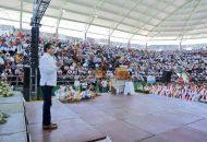 Michoacán los recibe con los brazos abiertos y quiero dejarles un saludo; les deseo el mejor de los éxitos en este Congreso, aprovechen y disfruten de nuestro estado, que es tierra de gente buena y trabajadora: Aureoles Conejo