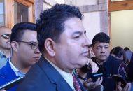 Saúl Mora argumentó de manera errática que diversas organizaciones civiles solicitaron tener acceso a todo el proceso, lo que les fue negado por el Congreso del Estado