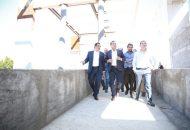 El representante de la empresa constructora, Jorge Abed, explicó al Gobernador la intervención que se realiza en cada uno de los espacios, donde también se rehabilitará la rampa ya existente