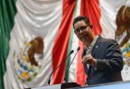 Pérez Negrón Ruiz señaló estar de acuerdo con la propuesta del presidente López Obrador de que al catálogo de delitos que ameritan prisión preventiva oficiosa se haya incluido el uso de programas sociales con fines electorales