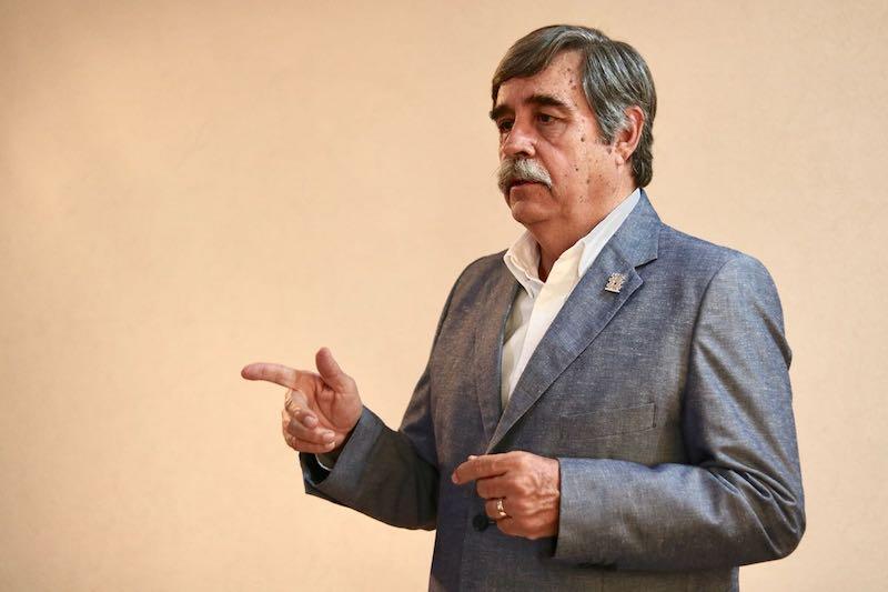 Gallo Palmer recordó que la construcción de obra pública genera un movimiento económico que abarca más de 37 ramas de la economía en Michoacán