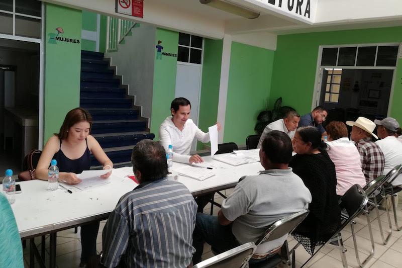 Finalmente, 48 habitantes de Tangamandapio también fueron integrados al programa de Palomas Mensajeras, luego de entregar su documentación en regla