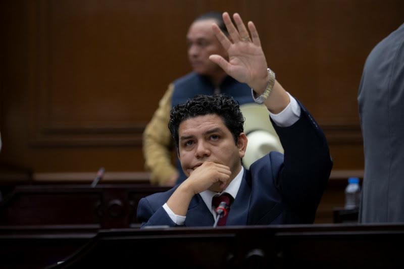 Antonio Madriz refirió que el acuerdo trabajado en la comisión a su cargo, respondió a diversas irregularidades detectadas en la dependencia estatal