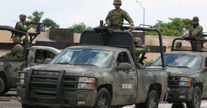 Los detenidos y lo asegurado fueron puestos a disposición del agente del Ministerio Público de la Fiscalía General de la República, con sede en esta ciudad, a efecto de que se realicen las diligencias correspondientes