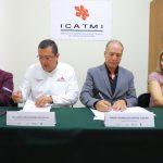 """""""A través de la capacitación, se fortalece el desarrollo humano de las personas que más lo necesitan, así coadyuvamos a mejorar la economía familiar de las y los michoacanos"""", destacó Juan Carlos Barragán"""