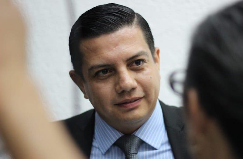 Héctor Gómez señaló que la Sala Toluca resolvió revocar la sentencia del Tribunal Electoral del Estado de Michoacán y dejó firme el registro de todos los integrantes de la planilla que resultó ganadora en la pasada elección interna del PAN
