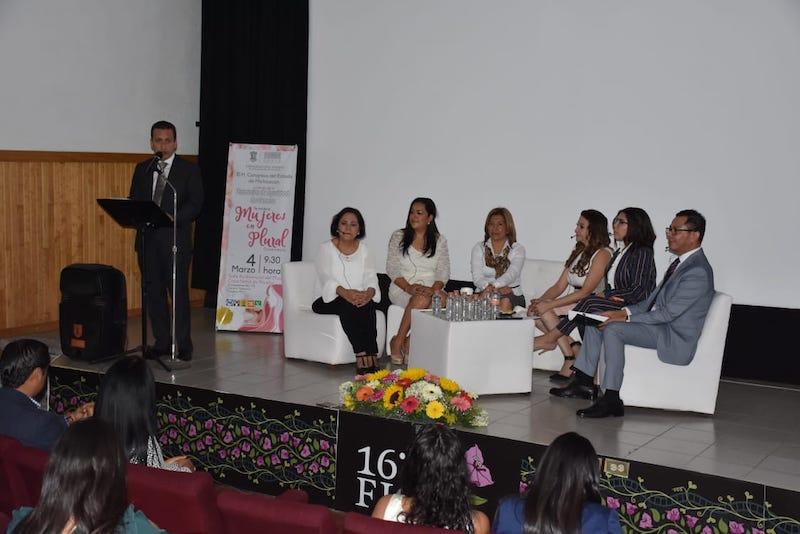El presidente del Congreso del Estado, Antonio Salas Valencia, celebró la realización de coloquios que permitan compartir ideas y establecer una nueva agenda legislativa en esta materia