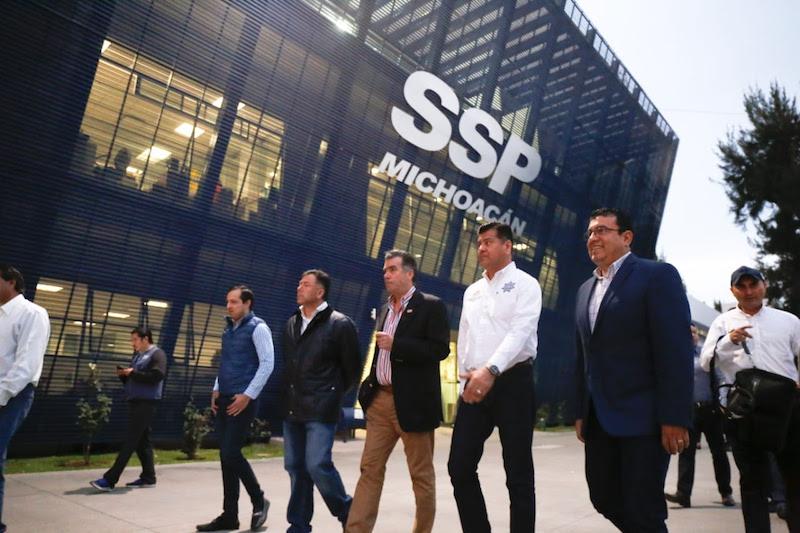 El titular de la SSP, encabezó el recorrido para que los empresarios conozcan las instalaciones del actual C5i, ubicado en las instalaciones de la corporación