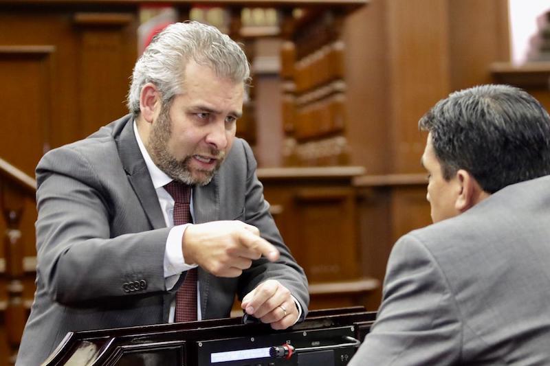 Ramírez Bedolla recalcó que la prioridad del Estado debe ser garantizar la integridad y tranquilidad de las mujeres