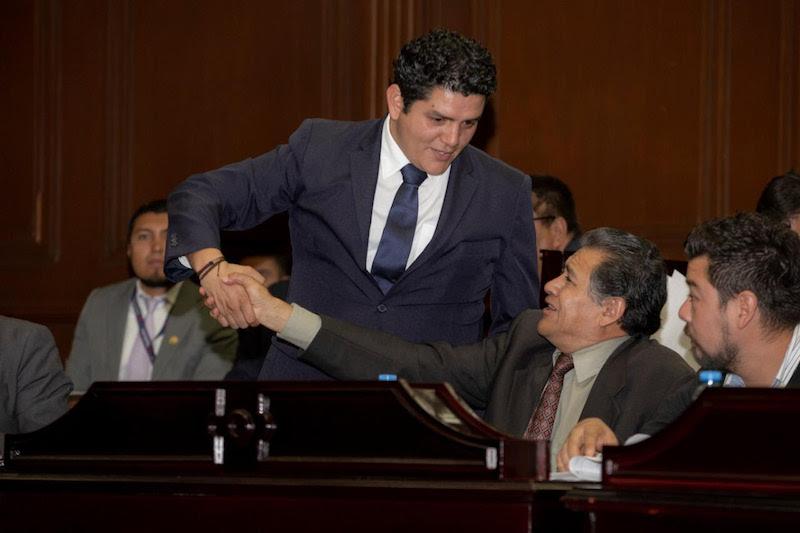 """""""Somos promotores de la Cuarta Transformación y buscaremos siempre estabilidad económica para las y los michoacanos, incluyendo a los trabajadores de la educación"""", finalizó Estrada Madriz"""