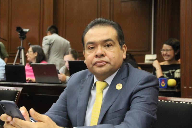 Las fuerzas armadas deben ser sensibles ante tareas de seguridad pública: Martínez Soto