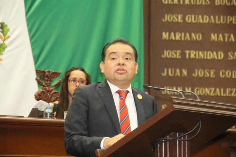 Martínez Soto recalcó que la iniciativa pone especial énfasis en las mujeres y personas en situación de vulnerabilidad