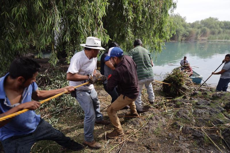 El director de Medio Ambiente del municipio, Alfonso Suárez encabezó ésta actividad acompañado por habitantes de la comunidad y estudiantes de las zonas circundantes
