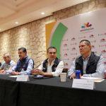 El titular del Ejecutivo del Estado, quien estuvo acompañado del secretario de Medio Ambiente, Cambio Climático y Desarrollo Territorial, Ricardo Luna García, escuchó a los transportistas a fin de enriquecer las propuestas de solución