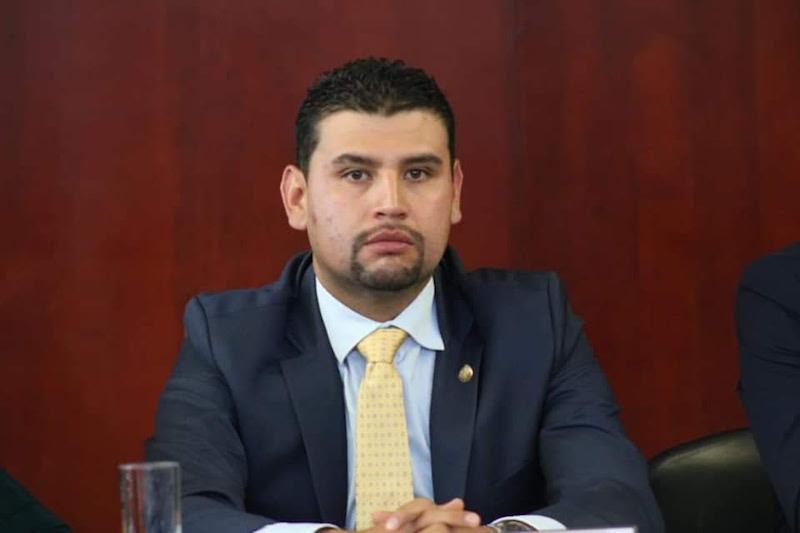 Ocampo Córdova dijo que Michoacán no logra cumplir a cabalidad la prestación de estos servicios, por la falta de presupuesto y liquidez en razón de su déficit presupuestal