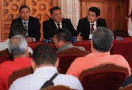 El diputado presidente de la Comisión de Educación, Antonio Madriz Estrada, estableció un compromiso directo para garantizar mejores condiciones laborales a quienes se desempeñan en el sector