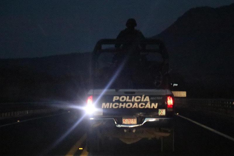 Tras la agresión, el subdirector de la policía municipal falleció en el lugar, y tres agentes resultaron heridos, mismos que fueron trasladados a un hospital para brindarles atención médica