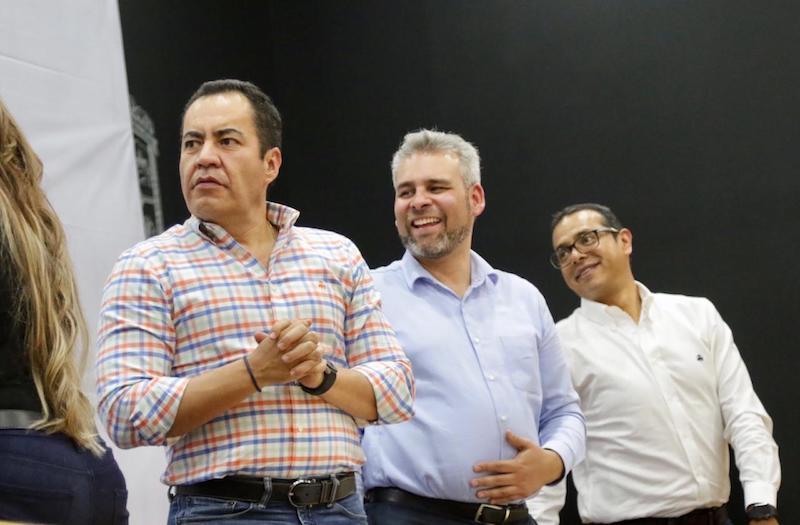 Ramírez Bedolla explicó que así como en Zitácuaro se han realizado foros y reuniones en distintos municipios del estado para escuchar las necesidades de los jefes de tenencia, e incorporar sus propuestas a la iniciativa de reforma a la Ley Orgánica Municipal