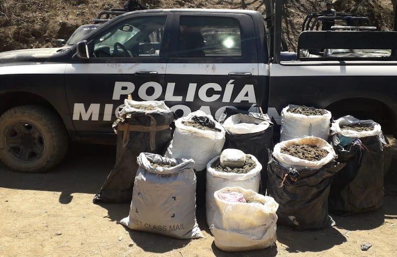 La acción del personal operativo en la región, se logró durante patrullajes por la zona serrana de esa demarcación y en las comunidades de El Platanar, Las Milpas, Basilia y Los Aguacates