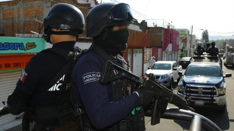 Los detenidos, armamento, equipo táctico y vehículos serán puestos a disposición de la autoridad correspondiente