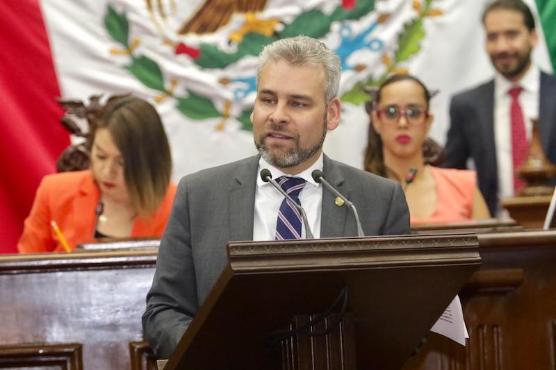 Ramírez Bedolla reiteró que con los llamados impuestos ecológicos, la administración estatal sólo persigue fines recaudatorios