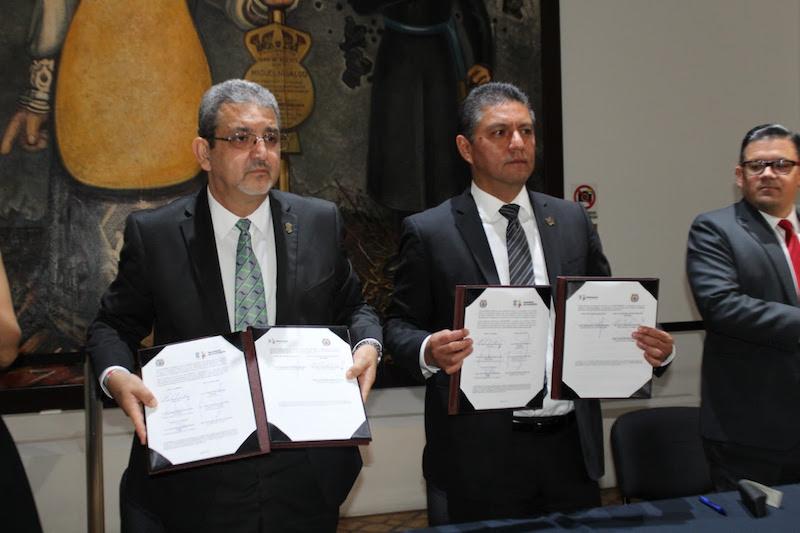 Se llevó a cabo la firma del Convenio de Colaboración en materia de Servicio Social y Prácticas Profesionales, que propiciará el fomento de la participación estudiantil en el combate a la corrupción