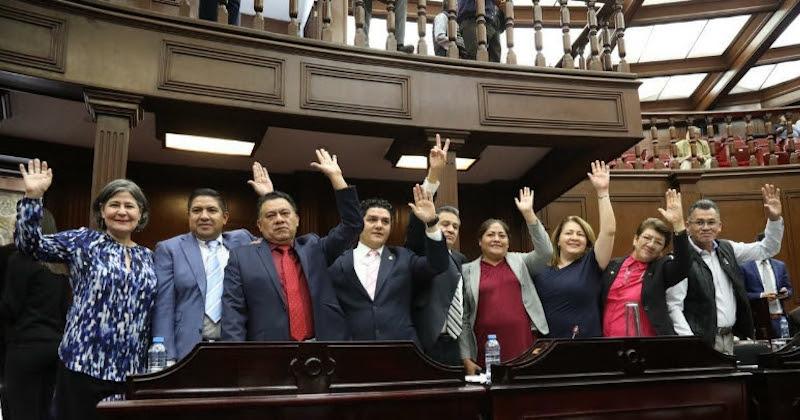 La reforma constitucional que amplía el catálogo de delitos que ameritan prisión preventiva oficiosa fue aprobada con 21 votos a favor, entre los cuales brilló la participación de los doce diputados