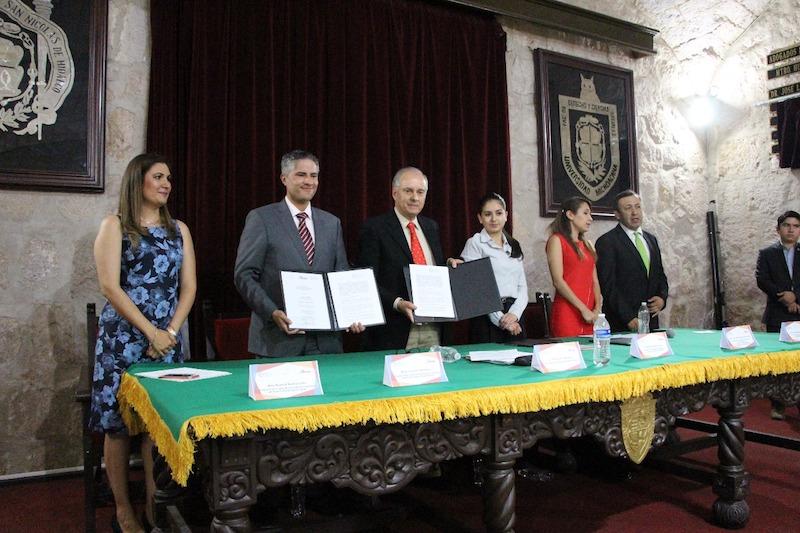 El presidente del Consejo Directivo del Observatorio Regional Zamora, Arturo Laris Rodríguez, detalló que esta alianza permitirá que ambos organismos hagan frente a la opacidad y actos de corrupción
