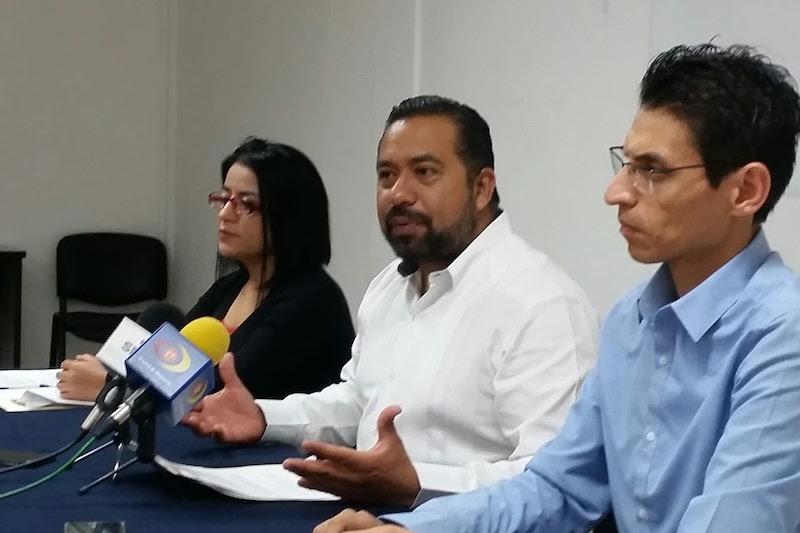 La solicitud de beca debe presentarse en línea, descargando el formato electrónico respectivo en el portal del CONACYT,www.conacyt.mx
