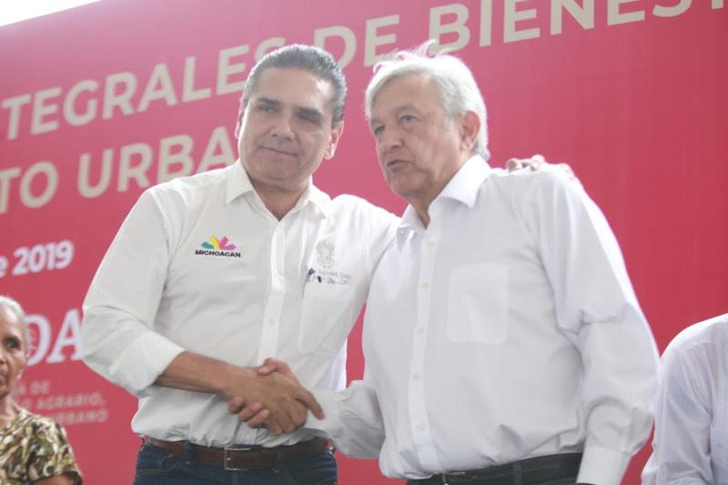 En gira de trabajo con el presidente Andrés Manuel López Obrador, el mandatario estatal señala que los colores y los partidos no deben ser lo más importante
