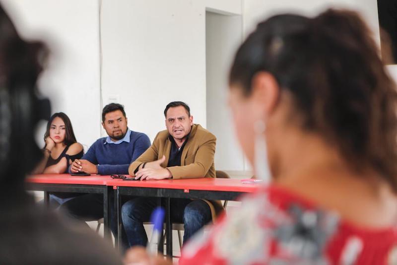 El legislador del PAN gestionará apoyos para mejorar la infraestructura educativa del municipio