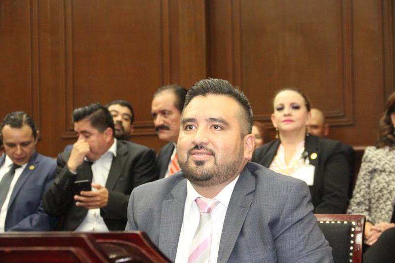 Erik Juárez destacó que, ahora que se está analizando y estudiando en la mesa técnica de las comisiones unidas dicha iniciativa