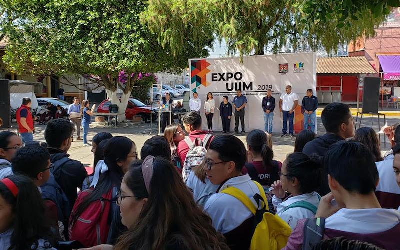 El rector informó que por ser una institución Intercultural el 100% de los alumnos obtendrán una beca que los apoyará durante los 4 años de la licenciatura