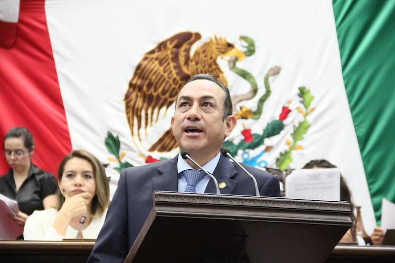 El presidente de la Comisión de Turismo expuso que Michoacán y Guerrero concentran a más de 4 millones 800 mil personas en condición de pobreza, y más de 1 millón 200 mil de ellas se encuentran en condición de pobreza extrema