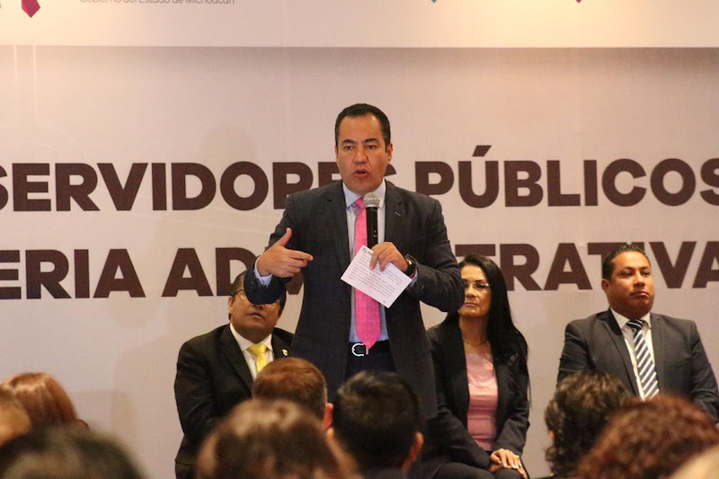 Herrera Tello invitó a los más de 250 servidoras y servidoras públicas participantes en este taller, para aprovechar al máximo y aprender los elementos necesarios para operar, desde el ámbito de sus competencias